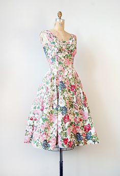 ce5f9ebbae Vintage 1950s dress   vintage 50s dress   pink floral 1950s party garden  dress