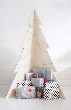 Árboles de navidad hecho de madera