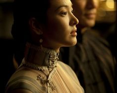 Google Image Result for http://www.senseofchina.com/wp-content/uploads/2012/12/Song_Hye_Kyo_qipao_in_the_grandmaster-399x320.jpg
