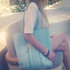 bag and jewelry LAURAGUIDI