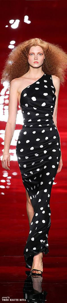 Reem Acra S/S 2014. Love the polka dots and the hair!!!  qb
