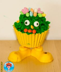 Cupcakepoppetjes – koken met kinderen. Leuk voor bij een kinderfeestje.