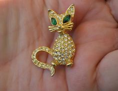 RELISTED  Vintage Designer Signed SPHINX Crystal Rhinestone Cat Brooch Pin A2931 Jewelry #Sphinx #Catanimalfiguralvintagejewelry
