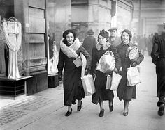 Christmas shopping on Oxford Street 1937