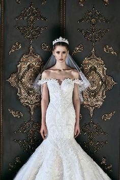 Mermaid Wedding Dress by Michael Cinco Rustic Wedding Dresses, Luxury Wedding Dress, Princess Wedding Dresses, Best Wedding Dresses, Cheap Wedding Dress, Boho Wedding Dress, Bridal Dresses, Wedding Gowns, Mermaid Wedding