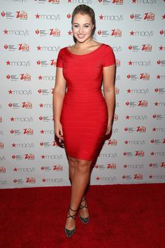 Red Bandage Dress, Bodycon Dress, Lawrence Photos, Iskra Lawrence, Go Red, Curvy Dress, Plus Size Beauty, Tight Dresses, Dress Collection