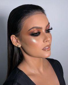 Adriana Lima's Special Makeup Secrets – Makeup Tutorial Neutral Makeup, Glam Makeup, Party Makeup, Bridal Makeup, Hair Makeup, Makeup Eye Looks, Creative Makeup Looks, Make Up Looks, Gorgeous Makeup