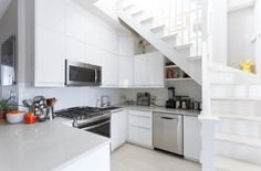 15 Clever Things Your Dream Kitchen Would Have - Modern White Kitchen Cabinets, Kitchen Cabinet Design, Kitchen Decor, Kitchen Ideas, Kitchen Trends, Ikea Cabinets, Kitchen Drawers, Kitchen Cabinets Under Stairs, Pantry Cabinets