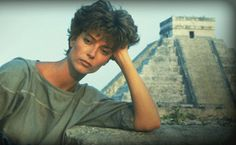 Rachel Ward - people tell me I resemble her....