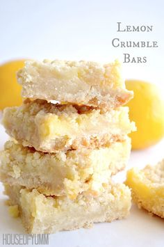 Lemon Crumble Bars ~ simple to make, soft buttery crust, topped with homemade lemon curd and more buttery crumbles! Lemon Desserts, Lemon Recipes, Just Desserts, Sweet Recipes, Baking Recipes, Cookie Recipes, Delicious Desserts, Dessert Recipes, Yummy Food