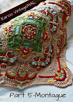 Ravelry: Karoo Vintage MAL pattern by Jen Tyler Karoo mystery a long dutch translation crochet pattern jen tyler Looks like a double and treble crochet on those points of the grannies. Single crochet around the grannies, then single crochet the grannies Motif Mandala Crochet, Crochet Square Patterns, Crochet Motifs, Crochet Blocks, Freeform Crochet, Crochet Art, Crochet Squares, Crochet Blanket Patterns, Crochet Shawl
