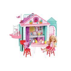 Superb Barbie Club Chelsea Playhouse Doll Set Now at Smyths Toys UK. Shop for Barbie At Great Prices. Free Home Delivery for orders over Mattel Barbie, Barbie Food, Barbie Dolls, Barbie Bike, Barbie Stuff, Dreamhouse Barbie, Barbie Chelsea Doll, Barbie Website, Accessoires Barbie