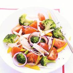 Recept - Tomatensalade met broccoli - Allerhande