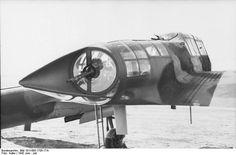 Bundesarchiv Bild 101I-605-1705-17A, Frankreich, Aufklärungsflugzeug, Heck-MG.jpg