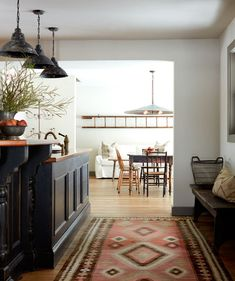 Before you tackle your next kitchen reno, discover the top kitchen trends we predict will be big in from green cabinets to hidden vent hoods and more. Trends 2018, Rustic Country Kitchens, Modern Farmhouse, Farmhouse Style, Farmhouse Decor, Kitchen Tops, Kitchen Ideas, Kitchen Reno, Kitchen Inspiration