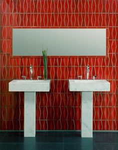 Red Heath tiles make for a stunning bathroom.