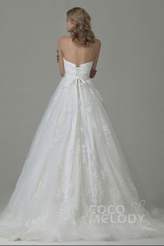 Charming A-Line Sweetheart Natural Court Train Tulle and Lace Ivory Sleeveless Lace Up-Corset Wedding Dress with Appliques and Sashes B14E3A024#cocomelody #weddingdresses #vintageweddingdresses