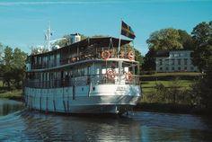 Götakanal-Kreuzfahrt zur Mittsommernachtszeit - (rf) Im Sommer 2015 kann man die Landschaft Südschwedens zur Mitsommernachtszeit vom Wasser aus erleben. Auf dem historischen Kreuzfahrtschiff MS Juno geht es von Stockholm über den Götakanal nach ..