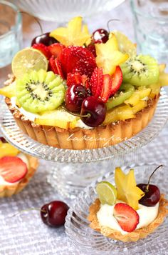 gorgeous fruit tart.....has a pastry cream recipe which uses evaporated milk