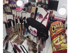 The things that will be there even when you are having a shitty day will be your makeup and a bag of Hot Cheetos. Makeup Goals, Love Makeup, Makeup Inspo, Makeup Tips, Beauty Makeup, Hair Makeup, Makeup Products, Makeup Blog, Makeup Style