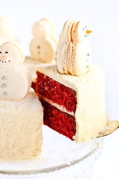 Red velvet cake. Love the snowmen macarons!