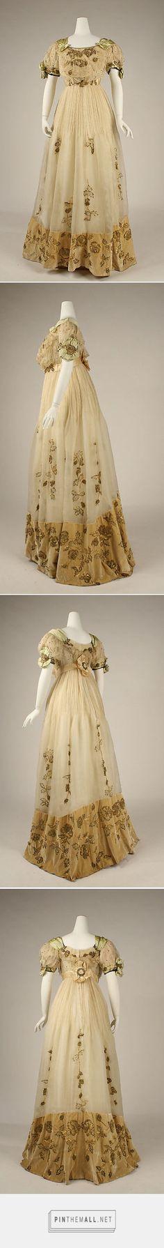 Evening dress ca. 1905 Austrian | The Metropolitan Museum of Art