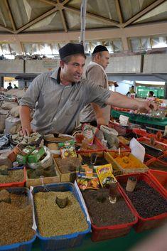 The Chorsu Bazaar . Tashkent, Uzbekistan