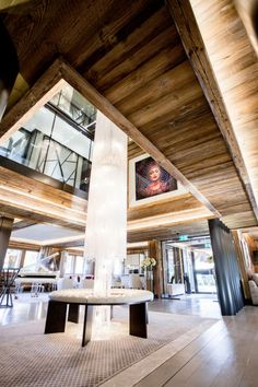 ultima-gstaad-hotel-spa-residences-lobby