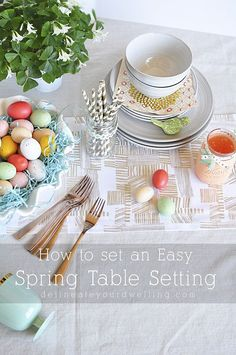 How to set an Easy Spring Table Setting. Perfect for an Easter brunch or having family and friends over. Delineateyourdwelling.com