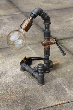 Steampunk table lamp von Pipelightuk auf Etsy