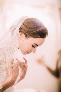 lace veil- marchesa bride