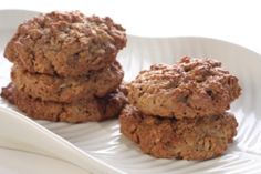 Dr. Oz's Protein Cookies. Made with ground flaxseed meal and protein powder to fill you up while curbing cravings.