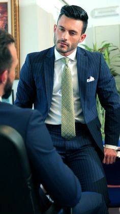 men at play Dapper Gentleman, Dapper Men, Mens Fashion Suits, Mens Suits, Style Costume Homme, Formal Men Outfit, Scruffy Men, Stylish Mens Outfits, Looking Dapper