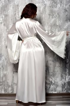 Bride Dressing Gown, Satin Dressing Gown, Kimono Dressing Gown, Lace Bridal Robe, Wedding Lingerie, Bridal Gowns, Satin Lingerie, Bridal Robes Getting Ready, Bridesmaid Robes
