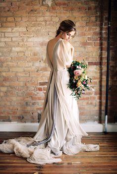 #fashion  Photography: Megan Robinson Photography - meganrobinsonblog.com Dress: Samuelle Couture - samuellecouture.com/  Read More: http://www.stylemepretty.com/2015/05/04/part-ii-organic-minimal-wedding-inspiration/