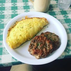 #FoodieFriday back in #Asheville at the @rise_n_shine_cafe! Got the #mexicanomlette no toast no potatoes. #lowcarb #highfat getting in a last #meal in before heading into the #woods for the weekend!! #backpacking time! #play #fun #outside #MovementMike #KeepGoingKeepGrowing by mike_niemchak