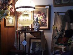 Small corner display