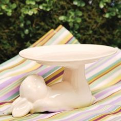 Ceramic Bunny Plate Stand// maybe this will get my daughter to eat her supper!