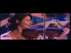 ▶ Christmas - Sleigh Ride - Andre Rieu - YouTube