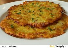 Recipe Křupavé bramboráčky by Veronika learn to make this recipe easily in your kitchen machine and discover other Thermomix recipes in Hlavní jídla - ostatní. Czech Recipes, Potato Dishes, Bread Rolls, Bon Appetit, Gnocchi, Quiche, Great Recipes, Food And Drink, Pizza