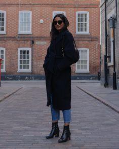Fall Womens Fashion that look trendy! Black Women Fashion, Curvy Fashion, Womens Fashion, Fashion Top, Feminine Fashion, Fashion 2016, Cheap Fashion, Latest Fashion, Fashion Online