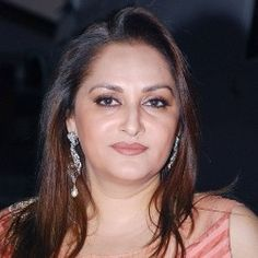 Jayaprada to start second Innings Bollywood Actress Hot Photos, Hindi Actress, Beautiful Bollywood Actress, Most Beautiful Indian Actress, Indian Film Actress, Actress Priyanka, Indian Actresses, Hair Color For Black Hair, Brown Hair Colors