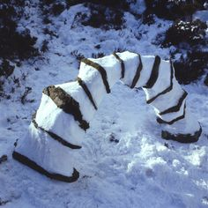 Andy Goldsworthy - Snow and stone arch Langholm, Dumfriesshire Feb 1986