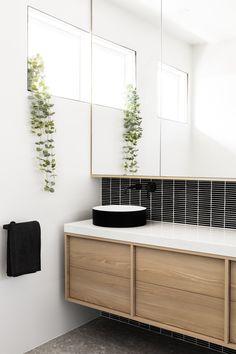 Beaumaris   GIA Renovations Small Bathroom Renovations, Upstairs Bathrooms, Bathroom Renos, Bathroom Interior, Master Bathroom, Downstairs Loo, Tub Shower Combo, Shower Tub, Spa Room Decor