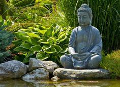 Tuinposter 'Boeddha bij vijver'