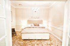 sklep Hastens Bed, Furniture, Home Decor, Drawing Rooms, Homemade Home Decor, Stream Bed, Home Furnishings, Beds, Decoration Home