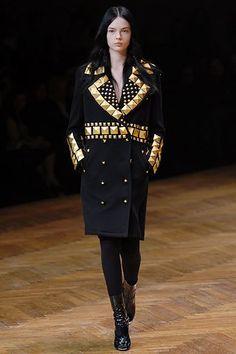 Givenchy Fall 2007 Ready-to-Wear Fashion Show - Mina Cvetkovic (Women)