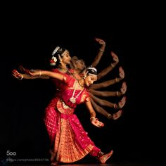 """""""Bharatanatyam dance From arjuna-vallabha """" Dance Photography Poses, Dance Poses, Kathak Dance, Indiana, Dancing Drawings, Indian Classical Dance, Indian Music, India Culture, Dance Movement"""