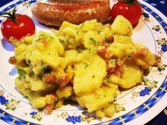 Das perfekte Warmer Kartoffelsalat ...-Rezept mit Bild und einfacher Schritt-für-Schritt-Anleitung: Die Kartoffeln gründlich waschen, mit dem Kümmel in…