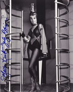 Lost In Space Marta Kristen Well technically it was a TV show but what the hell Sci Fi Tv, Sci Fi Movies, Marta Kristen, Tv Retro, 60s Tv, Science Fiction, Space Tv Shows, Space Girl, Space Age